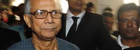 Microcrédit : Yunus s'incline et quitte la Grameen Bank