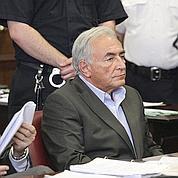 DSK inculpé mais libéré sous caution