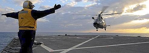 La France engage des hélicoptères en Libye