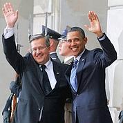 Obama finit son périple européen à Varsovie