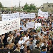 L'armée syrienne encercle plusieurs villes