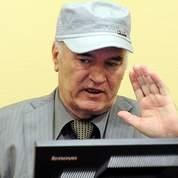Mladic obtient un mois pour choisir sa défense