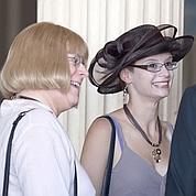 Deux femmes, dont une transgenre, se marient