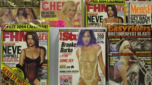 Une association chrétienne de protection de la famille propose notamment de camoufler les couvertures suggestives des magazines pour adultes.