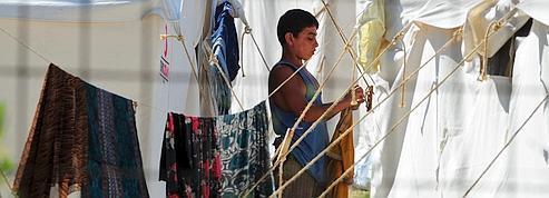 Les réfugiés syriens affluent en Turquie