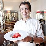 Les fraises en nage et leur sorbet chez Pantruche