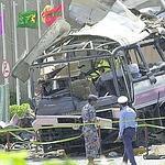 Le bus dans lequel 11 Français ont trouvé la mort en 2002.