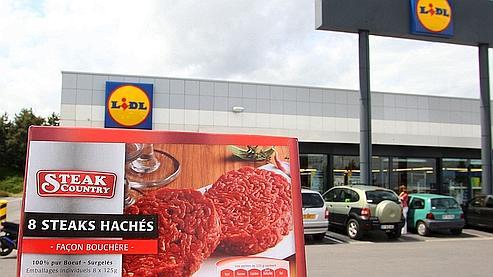 Les steaks hachés contaminés sont vendus sous la marque «Steak Country» dans les magasins Lidl.