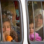 Damas intervient près de la frontière turque