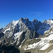 Les six alpinistes morts auraient dévissé
