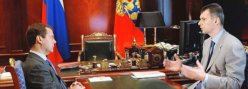 Medvedev et Poutine en piste pour 2012