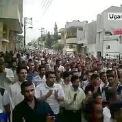 Syrie : des milliers de manifestants à Hama
