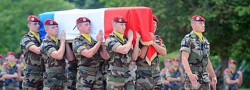 Un monument pour les soldats français morts à l'extérieur