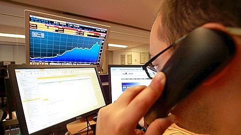 L'étude de JPMorgan Cazenove inclut les risques liés à la crise de la dette en Grèce, contrairement aux tests de résistance européens. (Reuters)