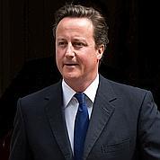 Le scandale des écoutes fragilise Cameron