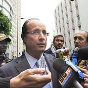 Hollande dénonce une «opération politique»