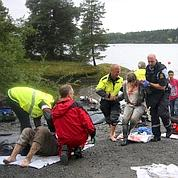 Norvège: fusillade et attentat font 90 morts