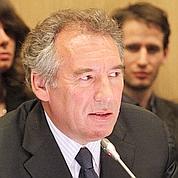 Règle d'or : le «oui» timide de Bayrou