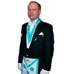Anders Breivik habillé en franc-maçon.