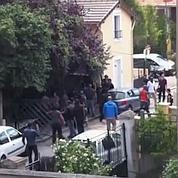 Des casseurs évacuent un squat à Montreuil