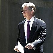 Les trois scénarios du procureur Cyrus Vance