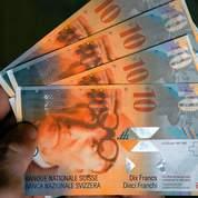 La Suisse sort les armes contre le franc fort
