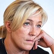 Norvège: Le Pen reste solidaire de son père