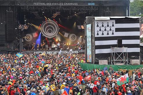 Le festival des Vieilles Charrues.