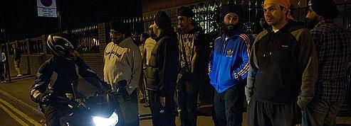 À Londres, les communautés resserrent les rangs