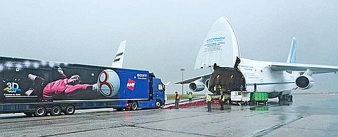 Le meilleur atout d'AMP? Ses 24 cars régies asses mobiles pour grimper dans un avion.