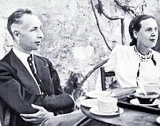 Amis proches de Koltsov, Louis Aragon et Elsa Triolet furent les «idiots utiles» de l'URSS; le Komintern s'en servait pour manipuler les intellectuels français. (Crédits photo: Keystone-France)