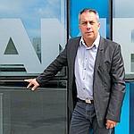 AMP ou l'une des plus fulgurantes réussites françaises, réalisée par son étonnant PDG, Gilles Sallé.