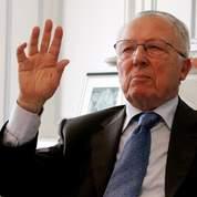 Delors : «L'euro est au bord du gouffre»