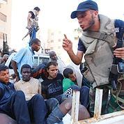 Les rebelles s'organisent à Tripoli