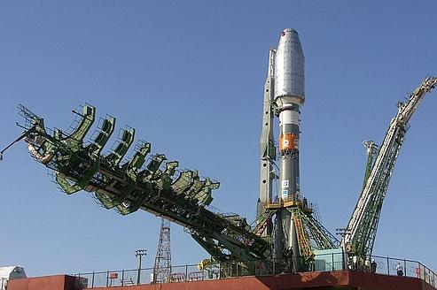 La fusée russe Soyouz-2 sur le cosmodrome de Baïkonour (Kazakhstan).