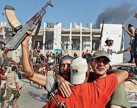 La prise de la forteresse de Kadhafi constitue le point d'orgue de la foudroyante bataille de Tripoli. (Éric Bouvet/VII Nrtwork)