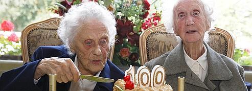 Le fait d'être centenaire est-il lié à l'environnement ou à la génétique?