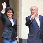 Anne Sinclair et DSK ce dimanche matin à Paris.