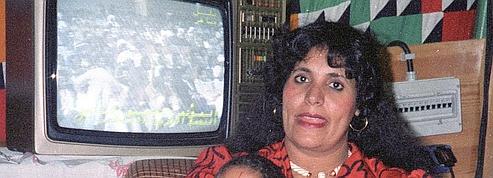 L'Algérie défend sa décision d'accueillir des proches de Mouammar Kadhafi