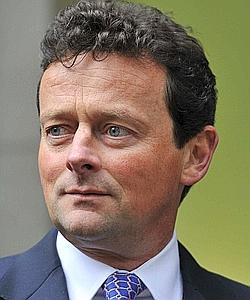 L'ancien patron de BP, Tony Hayward, revient aux affaires