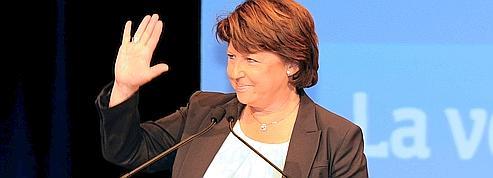 Éducation: Aubry ironise sur les propositions de Hollande