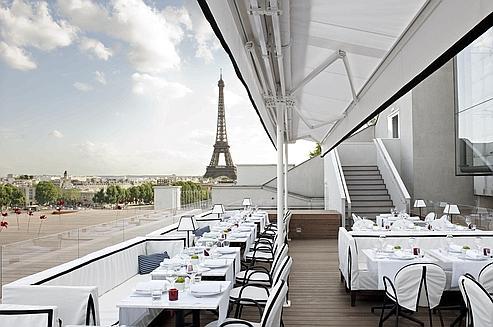 La Maison Blanche, une vue imprenable sur la Seine, les Invalides etla tour Eiffel. (DR)