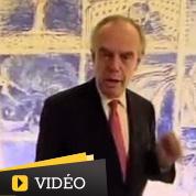 Mitterrand se met à table avec des Français