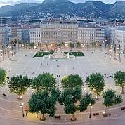 Coup de théâtre à Toulon