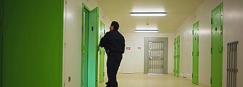 Des «co-détenus de soutien» pour endiguer les suicides en prison
