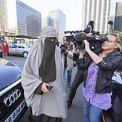 Présidentielle : une candidate en niqab