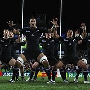 Le XV de France brave les All Blacks