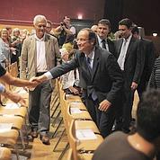 Hollande, un favori qui ne fait pas encore rêver