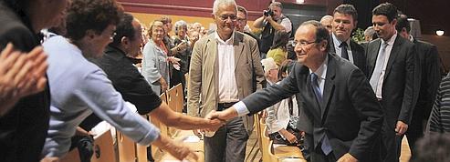 François Hollande, un favori qui ne fait pas encore rêver