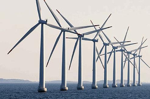 Avec retard par rapport au Danemark (notre photo) ou à la Grande-Bretagne, la France se lance à son tour dans la construction d'éoliennes en mer.